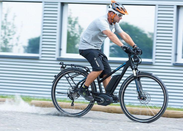 ABS für Fahrräder: Jetzt bitte fest zupacken! - SPIEGEL ONLINE - Auto http://www.spiegel.de/auto/fahrberichte/fahrrad-abs-von-bosch-im-test-bitte-fest-zugreifen-a-1158923.html?utm_campaign=crowdfire&utm_content=crowdfire&utm_medium=social&utm_source=pinterest