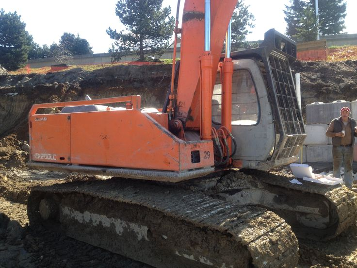 1997 Hitachi EX200-5 LC Fully Guarded, Rebuilt Pumps 2 years ago, Replaced Rotex Bearing 3 years ago, newer undercarriage, Hydraulic Pro link Thumb, 17,000 hrs. excellent running condition.  Very strong machine.  Pins are getting worn thou.  Side paneling is like new under guarding. $28,000.00  !!!!!SOLD!!!!!