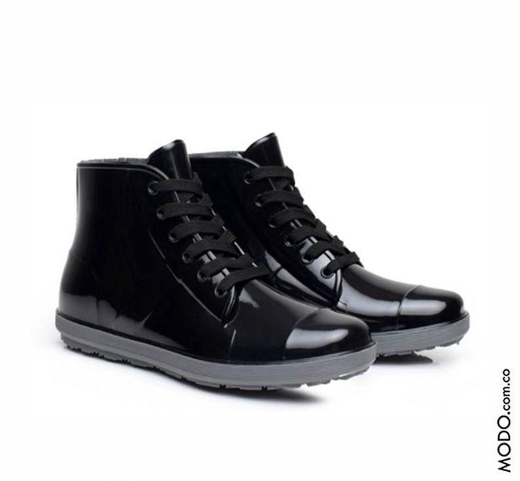 Zapatos tipo charol para la lluvia :: $210.000  Te esperamos en Bogotá, en el CC Hacienda Santa Bárbara D302 (Diagonal al Cine).