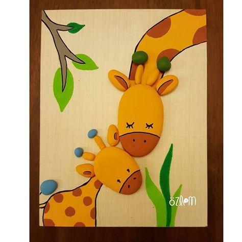13x17 cm. #tasboyama #tasboyamasanati #stoneart #paintingrocks #paint #handmade #tablo #gift #creative #animals #sevimlihayvanlar #cocukodasidekorasyon #homedecor #zürafa #hediye #kisiyeozelhediye #girafe #aile #sevgi #satilik #siparisalinir