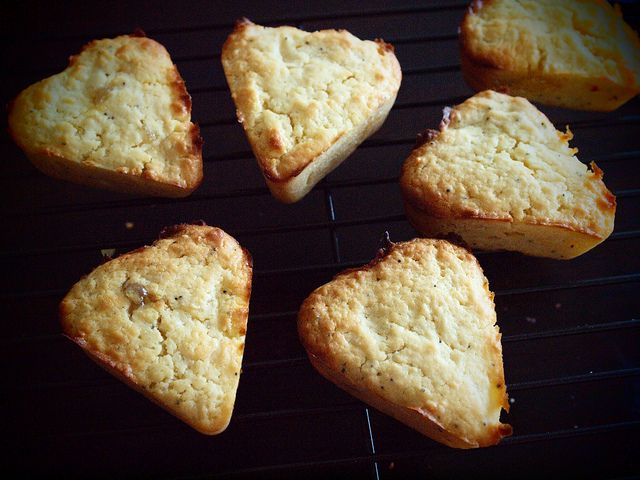 yummy little lemon cakes