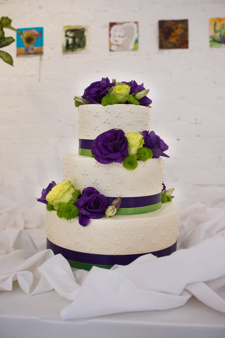 purple and lime green wedding cakes pretty lime green and purple wedding cake sugar 18862