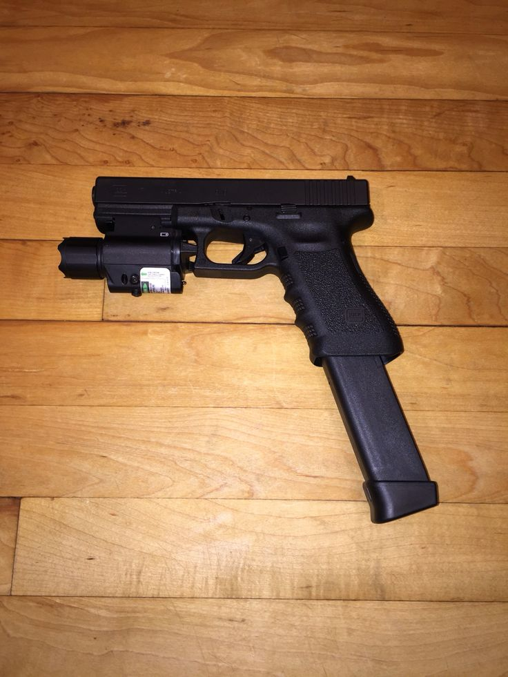 Glock G17 With Tactical Light And Laser Combo And 33 Round