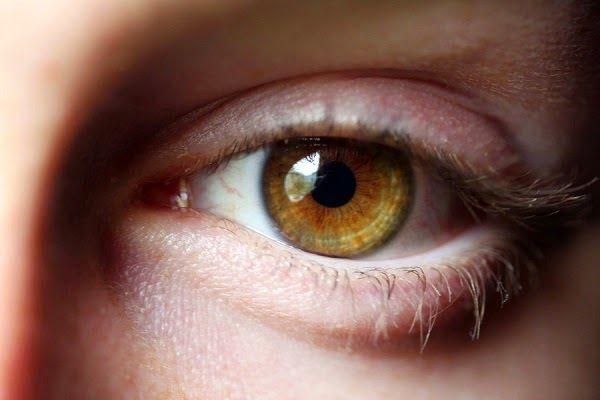 Mejora tu visión ocular naturalmente con estos tips