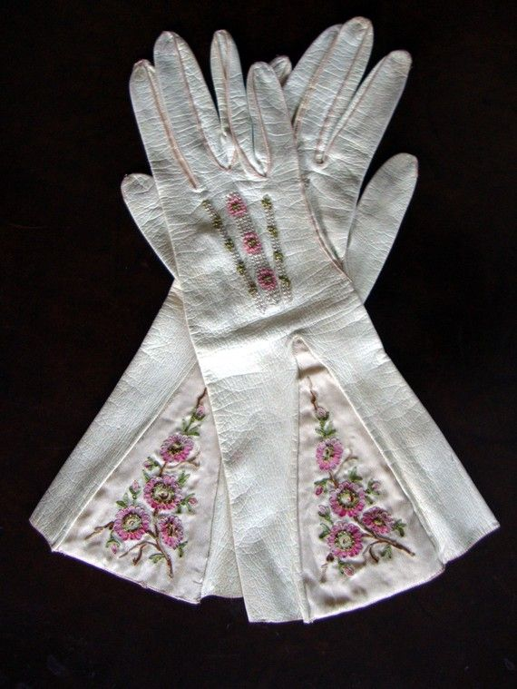 Circa 1840 Antique Parisian Milky White Kidskin Gauntlet Gloves with Silk Embroidered Pink Floral Embellishments