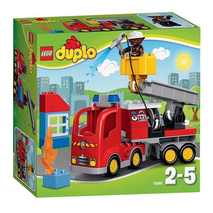 Lego Ville Duplo 10592. Start de LEGO DUPLO brandweertruck en haast je naar de brand! Als je bij het brandende huis aankomt takel je de brandweerman omhoog met de speciale kraan. Vanuit de gondel kan hij de brand blussen met de uittrekbare brandslang. De brandweerman ...