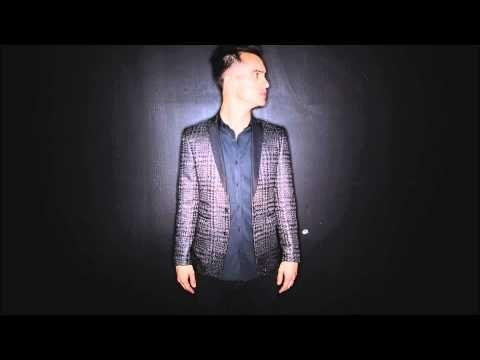Brendon Urie's vocal range (D2-C6) - YouTube // he is a true gift of God ASDFGHJKL;
