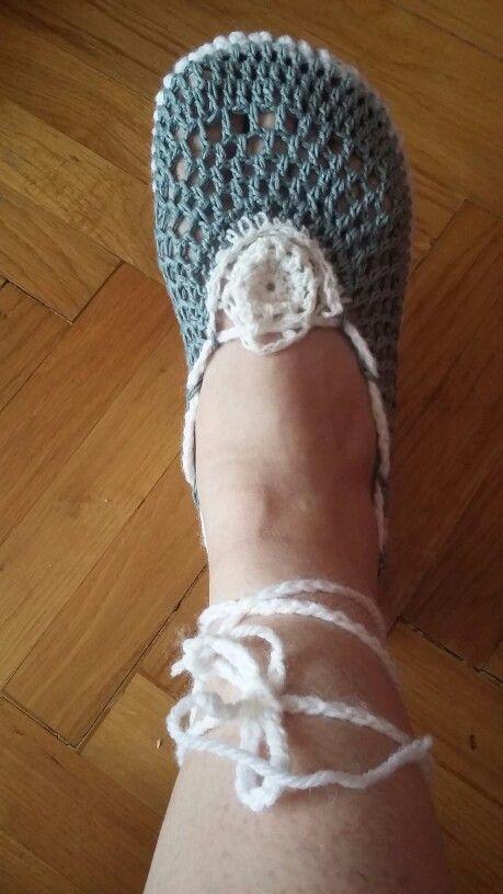 Horgolt cipőke papucsból