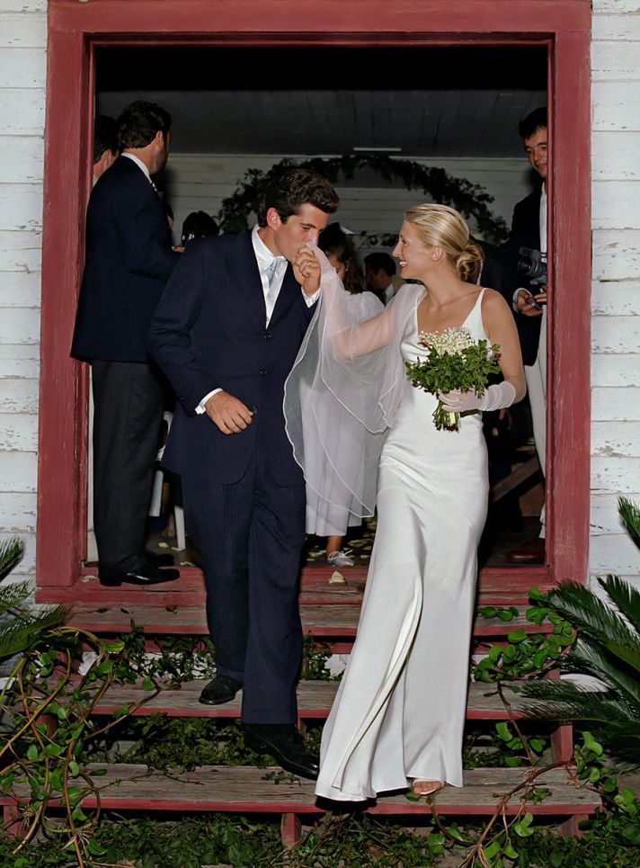 F. Kennedy, Jr., and Carolyn Bessette Kennedy (in a pearl-colored silk crepe gown by Narciso Rodriguez) on Cumberland Island, off the coast of Georgia, in 1996