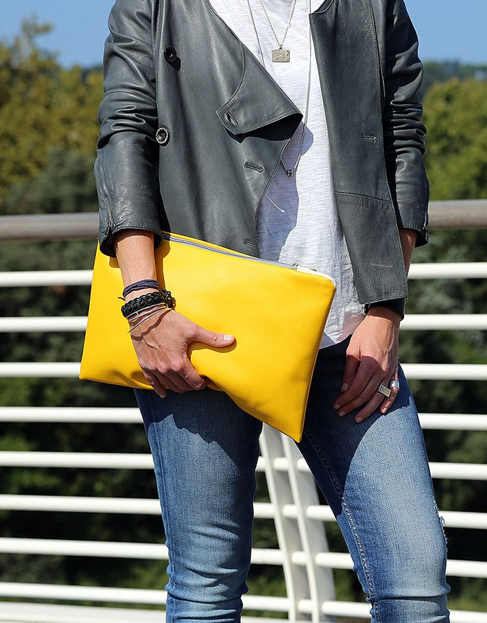 #yellow #trend S/S 2016 - The Yellow Seal #Pochette