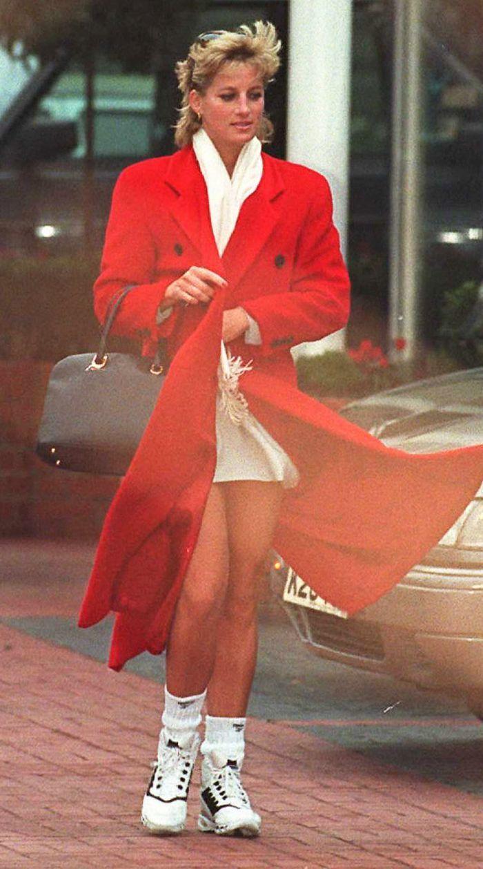 15 Random Princess Diana Outfits I Never Cared About Till