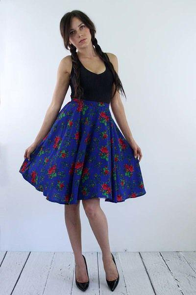 Rozkloszowana+flokowa+spódnica+midi+/+kwiaty+w+Kalos+Kagathos+na+DaWanda.com