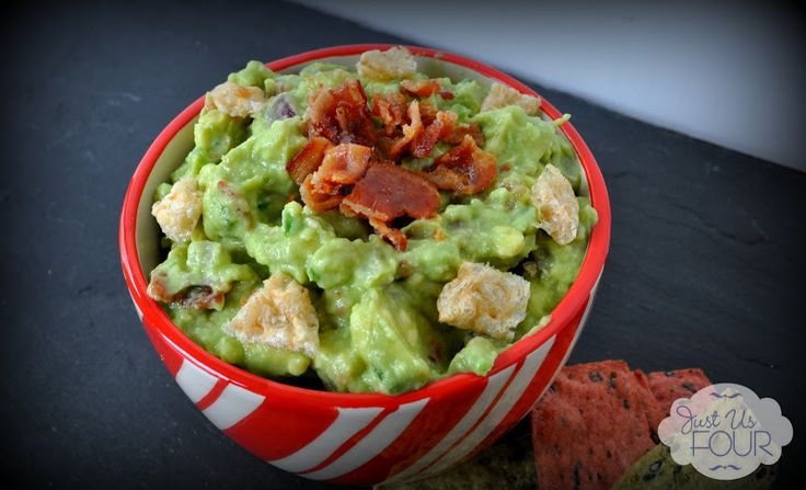 This isn't your ordinary guacamole! It's topped with pork rinds AND bacon :) #NationalSalsaMonth