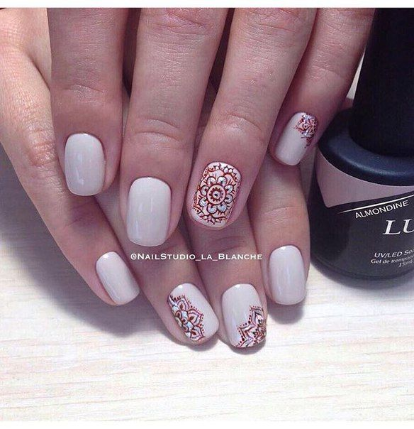 Beige gel polish, Ethnic nails, Fall nail ideas, Ideas of beige nails, Ideas of winter nails, Indian nails, Pastel nails, ring finger nails