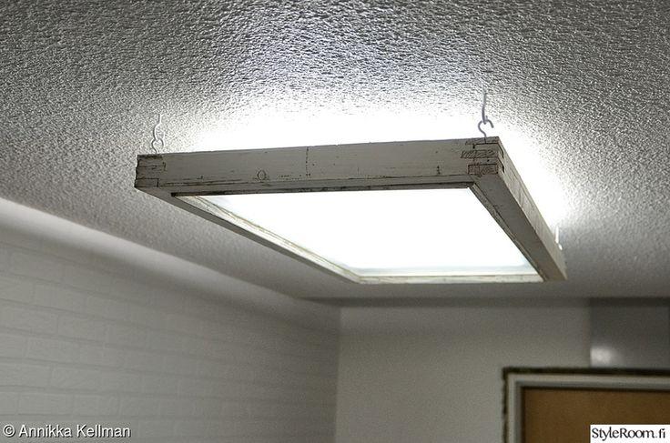 diy sisustus,diy valaisin,diy lamppu,ikkunanpoka,vanha ikkuna