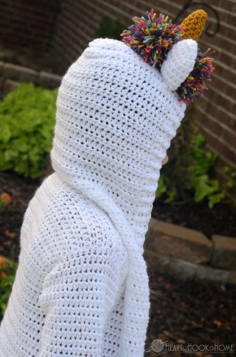 Who doesn't love a unicorn?! Make this child size unicorn hoodie with this free crochet pattern for your little unicorn lover!