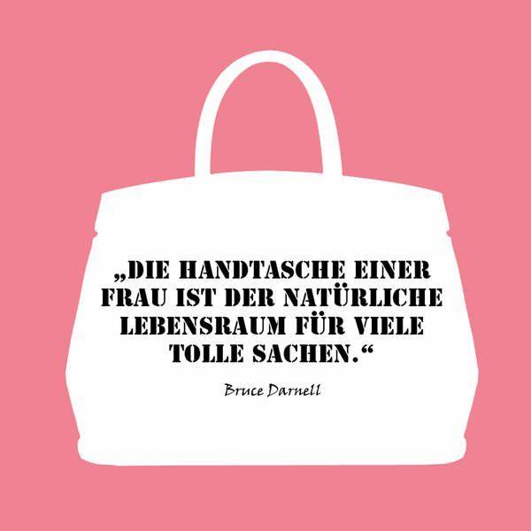 Wir widmen unserer großen Liebe eine ganze Galerie: Hier kommen die schönsten, romantischsten und lustigsten Taschen-Zitate von Karl Lagerfeld & Co.