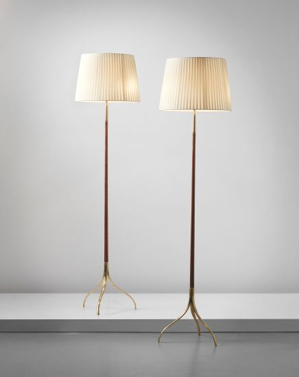 GIUSEPPE OSTUNI standard lamps, model no. 326, circa 1950  brass + walnut
