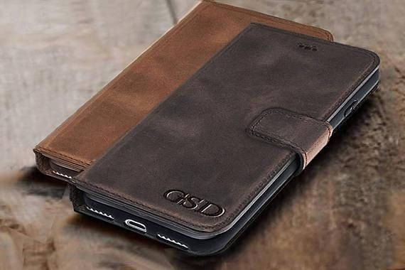 *** IMPORTANT INFORMATION*** İphone 5 /5S/SE cases have 2 credit cards pocket because of the size. *** PERSONALIZATION INSTRUCTIONS*** FOR NAME INITIALS OR DATES OR NOTES PLEASE WRITE US NOTE EXACLY HOW YOU WISH , AT NOTE BOX DURING CHECK OUT ***Outside engarving *** Letter Height size : 8mm