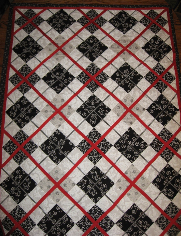 Best 25+ Black quilt ideas on Pinterest | Black and white quilts ... : red and white checkered quilt - Adamdwight.com