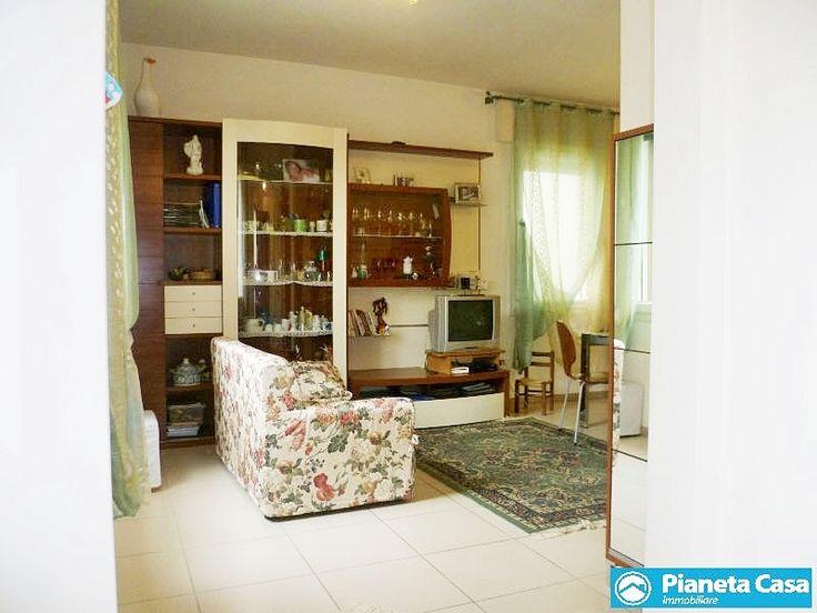 Divano sofa livingroom realestate padova pianetacasa - Pianeta casa immobiliare padova ...