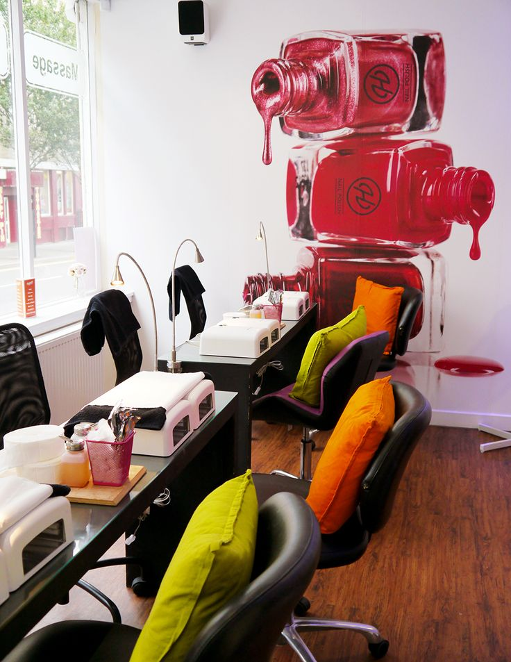 Hepburns Nail Lounge in Dundee