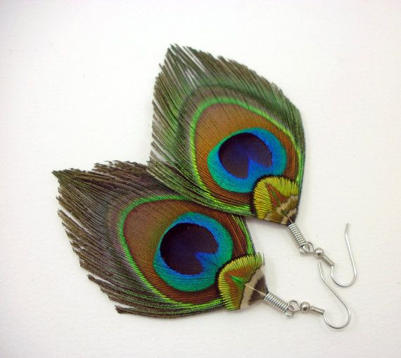Hey, I found this really awesome Etsy listing at https://www.etsy.com/listing/105201720/boho-peacock-feather-earrings-peacock