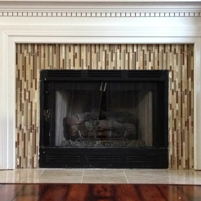 Ideas For Tile Around Fireplace: 1000+ Ideas About Glass Tile Fireplace On Pinterest