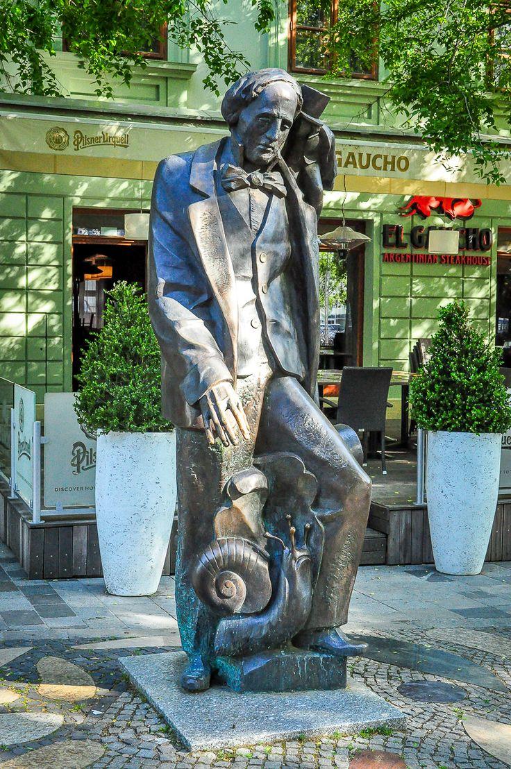 Hviezdoslavovo námestie, Andersen monument