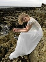 Not to be missed! The Emma Hunt Autumn Wedding Dress Sample Sale