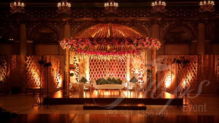 Tulips event best pakistani wedding stage decoration for Indoor stage decoration