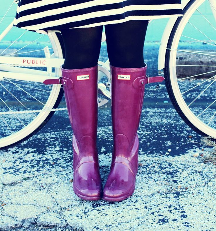Purple wellies. Hunter rain-boots perfect for rainy festival season