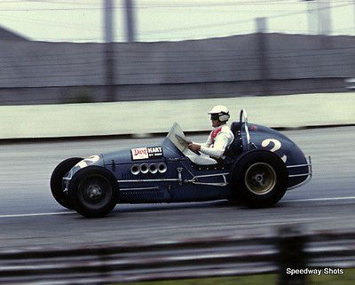 Unique A.J. Foyt USAC Racing 8x10 Photo