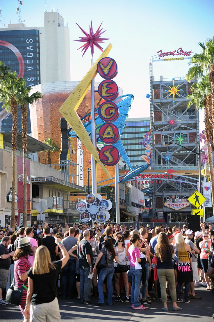 Life is Beautiful Festival in downtown Las #Vegas