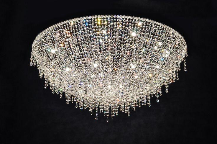 ICEBERG Crystal pendant lamp by Manooi #Manooi #Chandelier #CrystalChandelier #Design #Lighting #Iceberg #luxury #furniture