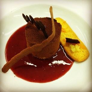 Mousse de té blanco, mermelada Vitalgrana con crujiente de chocolate negro y sablé bretón con cítricos del Huerto Gourmet - #jgsp77