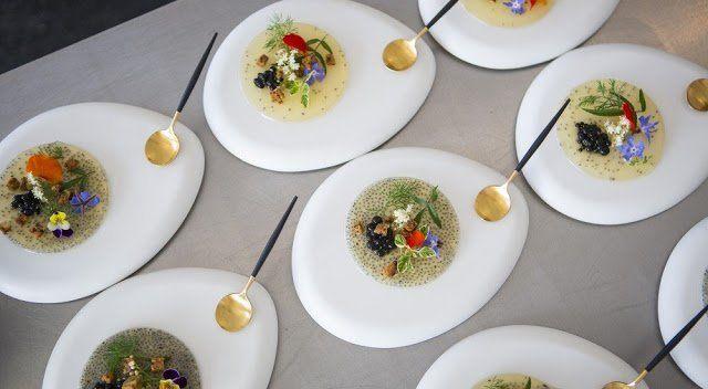Win Tickets to Melbourne's Hottest Food Event, Taste of Melbourne! http://blog.foodlit.com.au/2016/11/hands-up-to-win-taste-of-melbourne.html