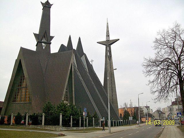 Elbląg, Kościół Matki Bożej Królowej Polski 01