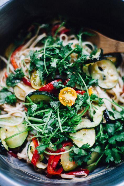 vegan tahini pad thai | an easy, filling dinner recipe via willfrolicforfood...