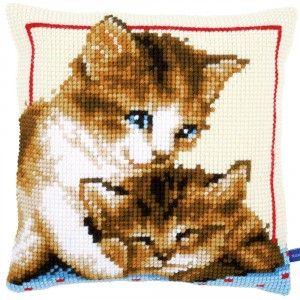 """""""Playful Kittens"""": te borduren in kruissteek op voorgeschilderd stramien"""