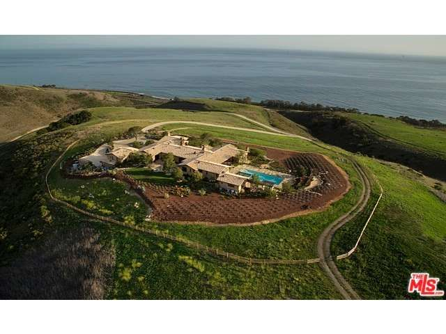 Villa della Costa overlooks the Gaviota Coast & its panorama of spectacular untouched seaside landscape w/breathtaking 360~ views of the mountains, pastoral countryside, Pacific Ocean & SB Channel Islands.