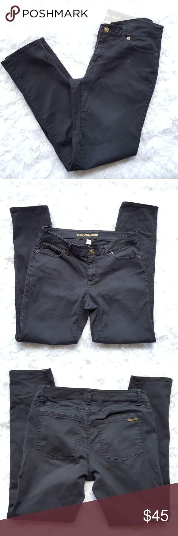Michael Kors Black Jeans Michael Kors size 2 black jeans. Does have a small bit of Satan. No holes or tears. Michael Kors Jeans