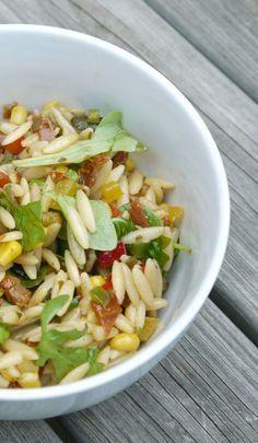 Experimente aus meiner Küche: Kritharaki-Salat mit Paprika
