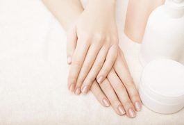 DIY olive oil hand soak for cracked, dry hands.