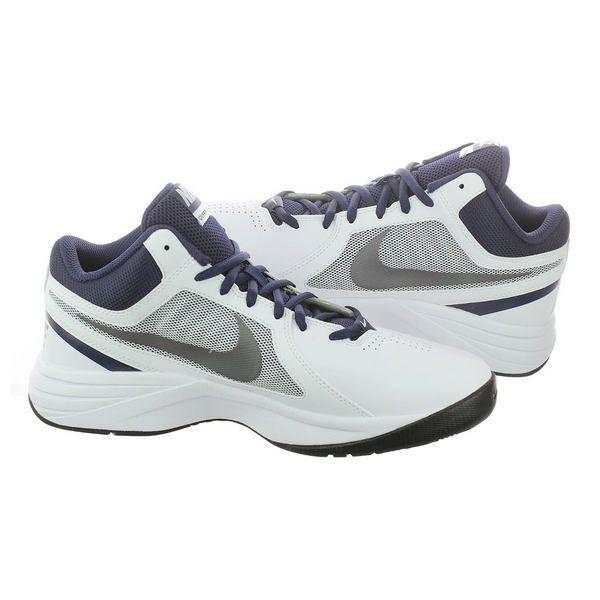 Sepatu basket Nike The Overplay VIII 637382-102 memiliki outsole karet pada sepatu memberikan daya tahan ketika digunakan bermain basket di lapangan indoor maupun outdoor. Sepatu dengan harga Rp 599.000.