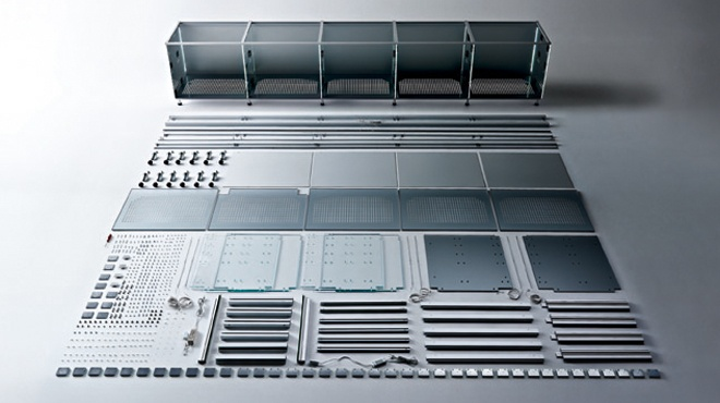 Valcucine is well aware that the impact on the environment of an existing product is a potential resource. The entire new glass base units' system is easy to dismantle because it is connected using mechanical joints only. Valcucine has reinvented the kitchen, planning it so that it can be dismantled at the end of its life cycle.