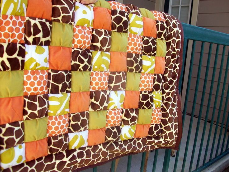 Giraffe Baby Quilt Pattern Jungle Themed Baby Puff Quilt