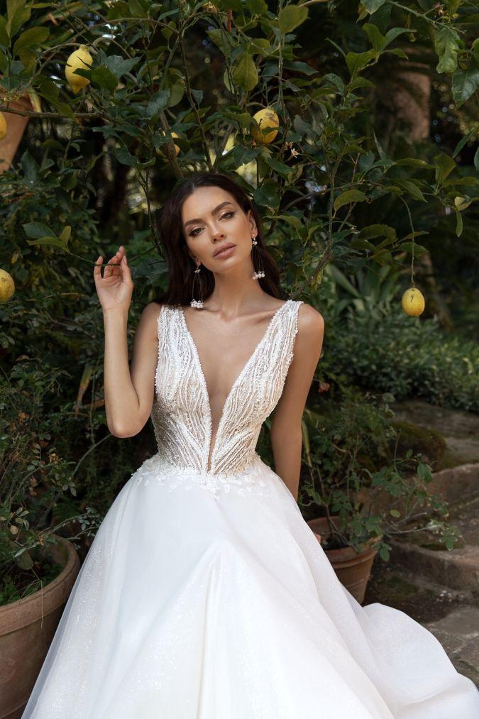 20+ V neck wedding dress ideas in 2021