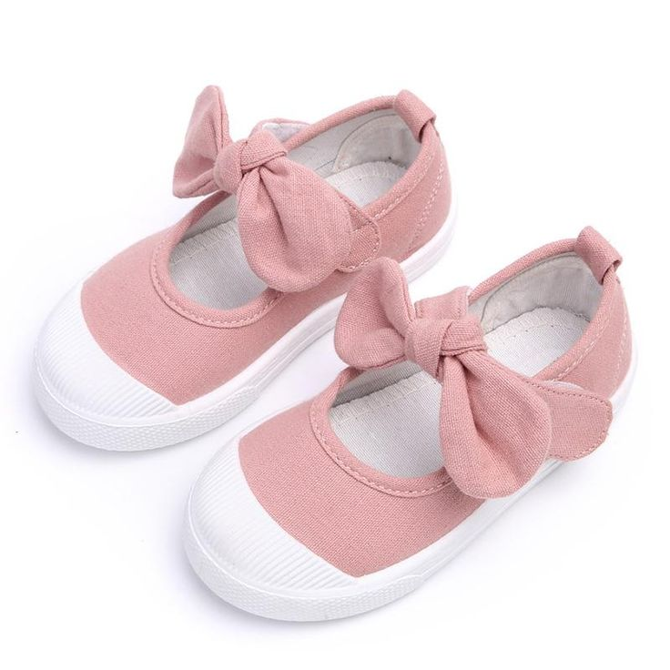 These canvas girls sneakers with a bow are very cute and comfortable for your little one.