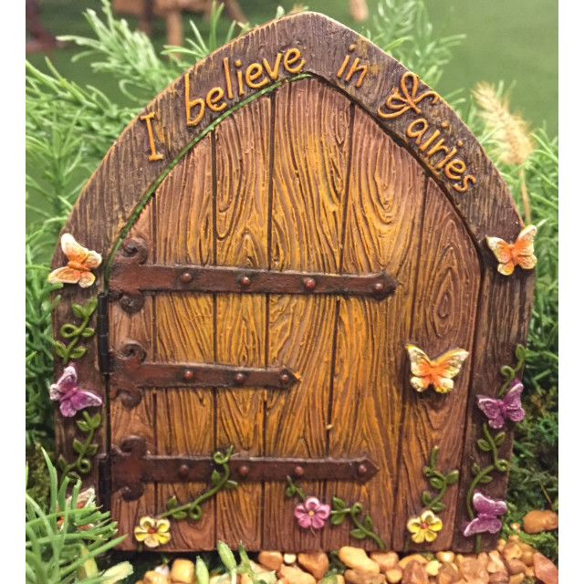 I Believe in Fairies Door: Fairy Garden Landscaping Miniature Door
